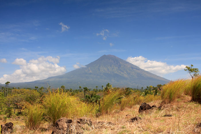 mount agung photos